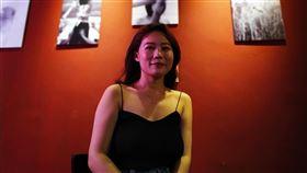 陸生汪家欣  曾在台灣辦攝影展曾在台舉辦免費攝影展的陸生汪家欣,離開台灣後到北京工作了半年,前往紐約攻讀碩士前,她再次舉辦攝影展,作為對北京的臨別贈禮。(資料照片)中央社記者繆宗翰北京攝 108年9月1日
