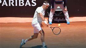 ▲費德勒1日2勝晉級羅馬網賽男單8強。(圖/翻攝自ATP官網)