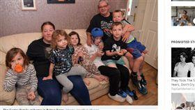 酸民,英國,補助金,媽媽,小孩,家庭,罐頭 https://www.walesonline.co.uk/news/wales-news/family-children-port-talbot-autism-16826131