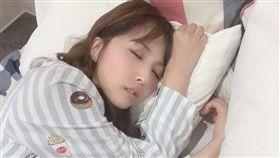 三上悠亞天使睡顏(圖/翻攝自yuamikami_mane推特)
