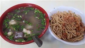 炒麵,豬血湯,工人,排毒,PTT 圖/翻攝自臉書