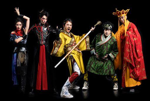 劉艾立、蕭敬騰、庾澄慶、姚小民、馬念先將在音樂劇一同演出。(耳東劇團提供)