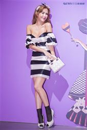 魅力女神拐拐攜手高人氣的夢幻甜美網紅呂妍芯、Ines Wang一起玩穿搭,圖為拐拐。(圖/記者林士傑攝影)