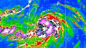 連甩兩天豪雨!玲玲颱風強度略增 全台「降雨時程」曝光(圖/翻攝自中央氣象局)