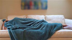-躺沙發-睡覺-小睡-(圖/pixabay)