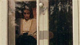 窗中的女巫 劇照