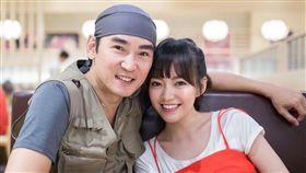 焦恩俊跟女兒焦曼婷感情很好,可說是如膠似漆。(圖/翻攝自微博)