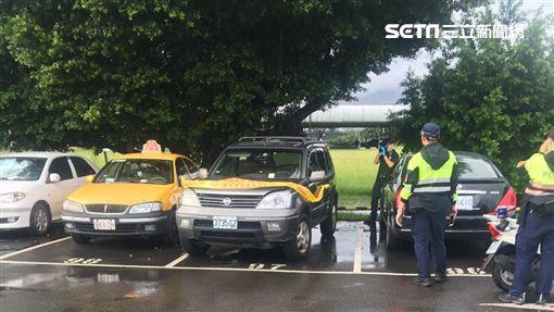 台北市百齡橋下停車場驚傳男子猝死車內的意外(讀者提供)