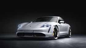 ▲Porsche Taycan電動車。(圖/Porsche提供)