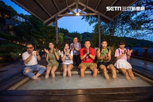 衛視中文台《旅行應援團之一起出發吧》本週六晚上七點由主持人庹宗康帶著李玖哲、黃小柔、詹惟中、峮峮及紫薇/福斯傳媒提供