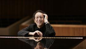 法鋼琴家路易沙達來台獨奏  重新詮釋蕭邦法國鋼琴家尚-馬克.路易沙達(Jean-Marc Luisada)(圖)將來台灣舉行獨奏會,帶來他擅長的蕭邦、德布西與舒伯特等作曲家樂作。(鵬博藝術提供)中央社記者趙靜瑜傳真  108年9月8日