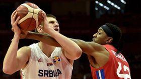世界盃/球星噴裁判遭驅!主帥:愚蠢 FIBA世界盃,塞爾維亞國家隊,Nikola Jokic 翻攝自推特