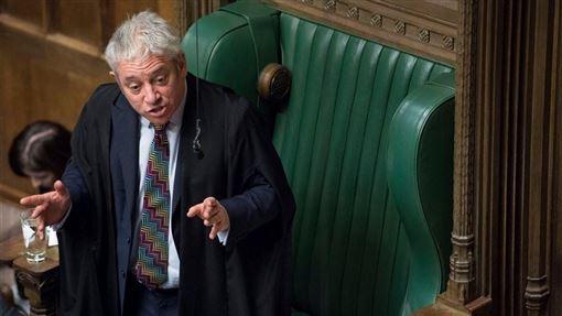 英國國會下議院議長貝爾考9日拋出震撼彈,宣布將於10月31日脫歐日當天辭職,結束10年任期。(圖/翻攝自facebook.com/ukparliament)