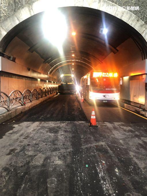 台北市自強隧道實施區間測速(翻攝畫面)