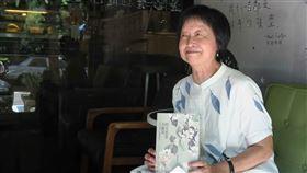 她的美麗島時光  唐香燕生命經歷見證台灣民主作家唐香燕(圖)經歷丈夫陳忠信(前國安會副秘書長)因美麗島事件入獄,撕開受害家屬的標籤,以回憶方式寫下「時光悠悠美麗島」,用女性生命史見證台灣民主過往。中央社記者陳政偉攝  108年9月10日