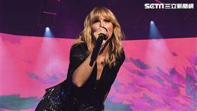 泰勒絲宣傳新輯巴黎首唱 環球音樂提供