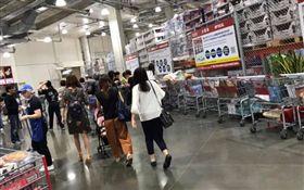 日本好市多「購物車排排站」(圖/翻攝自Costco好市多商品經驗老實說)