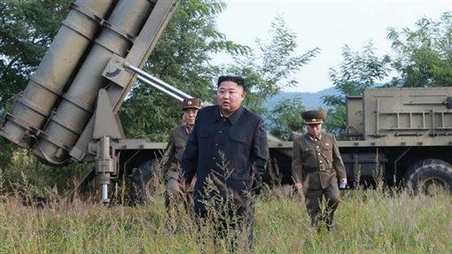 北韓中央通信社,金正恩,火箭發射器,試射,挑釁行為