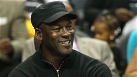 NBA/巴哈馬風災 喬丹豪捐3千萬 NBA,籃球之神,Michael Jordan,颶風多利安 翻攝自推特