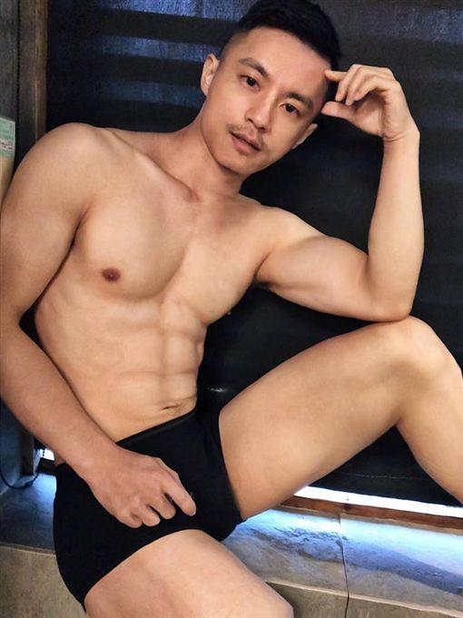 周長輝,藝人,吸毒,台北,翻攝周長輝臉書