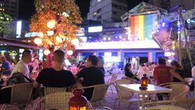 西門紅樓多「戶外」酒吧?店家曝關鍵 台灣同志遊行
