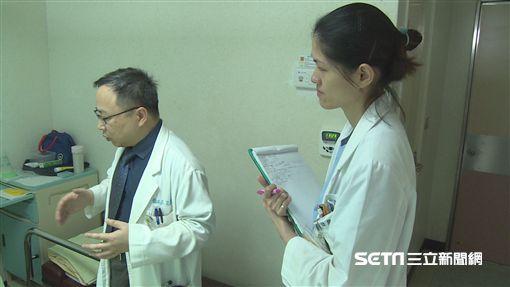 26歲張姓女子因踩飛輪後雙腿疼痛腫脹,尿出醬油尿,就醫確診罹患橫紋肌溶解症。(圖/南投醫院提供)