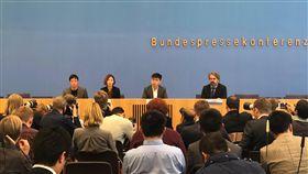 黃之鋒訪柏林  籲支持香港民主運動香港眾志秘書長黃之鋒在柏林的記者會吸引逾百位各國記者出席,他呼籲世界各國支持香港的民主運動。中央社記者林育立柏林攝 108年9月11日