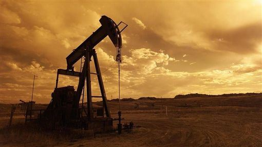 世界油價,美國,川普,放寬,伊朗,制裁(圖/pixabay)