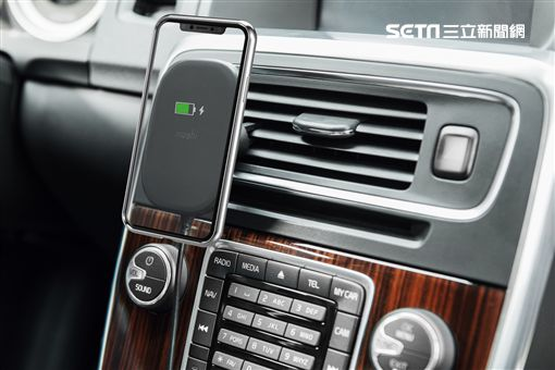 iPhone,iPhone 11,Moshi,SnapTo磁吸無線充電座,Lightning,手機殼