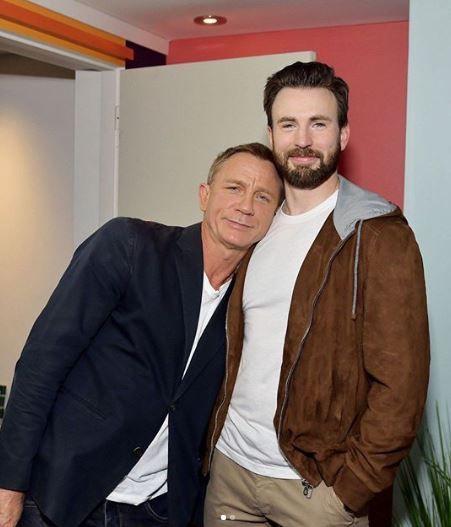 《鋒迴路轉》「007」丹尼爾克雷格(Daniel Craig)、「美國隊長」克里斯伊凡(Chris Evans) IG