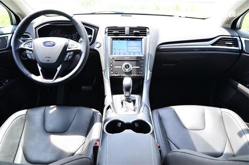 ▲2019小改款Ford Mondeo Wagon。(圖/鍾釗榛攝影)