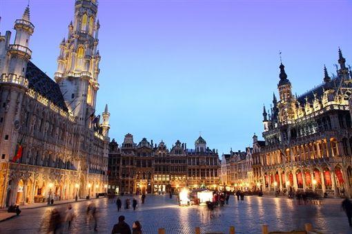 3shutterstock_50945710(布魯塞爾 Grande Place, Grote Markt, Brussels, Belgium, Europe).jpg