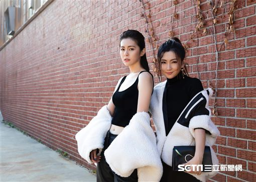 selina任家萱和妹妹任容萱。(圖/任真美好提供)