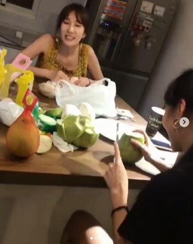 瑤瑤、Apple/翻攝自IG