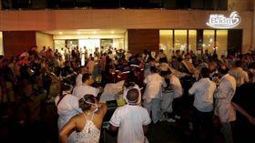 (巴西里約熱內盧醫院火災!醫院漫布濃煙 至少10人喪命) 巴西,里約,醫院,火災 (圖/翻攝自O Globo 臉書) https://www.facebook.com/jornaloglobo/?hc_ref=ARQIFXAaKDwkzLtOO8bmSnJQM3PiITZq1jD7IUt26bxshR0QLdWXBm88U6MLN52IuAQ&fref=nf&__xts__[0]=68.ARA1s