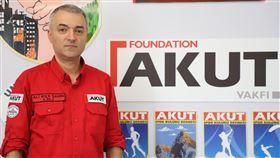 土耳其志工團體AKUT主管沙辛九二一地震發生後,土耳其政府、民間共組救難隊協助搜救,其中志工團體AKUT現任醫療後勤部門主管沙辛(圖)說,這個非政府組織當時派出17人參與團隊。中央社記者何宏儒伊斯坦堡攝   108年9月14日