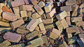 示意圖-磚頭(圖/翻攝自Pixabay)