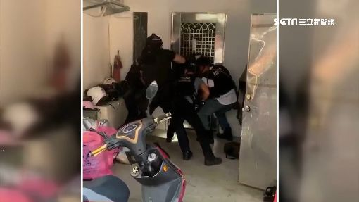 2員工中秋加班被擄走 20煞砸公司擄人