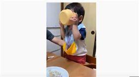 圍兜兜,紅豆湯,兒子,自己吃飯,日本,父母,神救援,爆笑公社