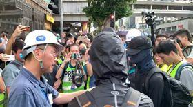反送中/驚喜!《屍速》男星同行上街 力挺示威者爭民主(圖/翻攝自《立場新聞》)
