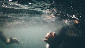 食腦蟲,變形蟲,游泳,錄影,戲水,集氣,希望,美國,德州,Naegleria fowleri 圖/翻攝自Pixabay