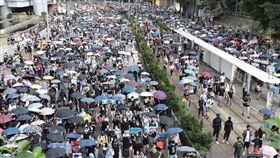 警方不批准  香港大批民眾15日仍上街反送中由香港泛民組織民陣發起的15日遊行未獲警方批准,但大批香港人仍自發響應網友號召,再次上街參加反送中遊行。中央社記者張謙香港攝  108年9月15日