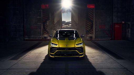 Novitec打造Lamborghini Urus改裝車。(圖/翻攝網站)