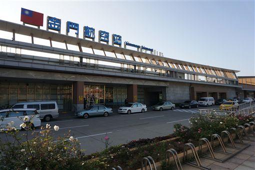 金門縣旅行公會與汶萊旅行業者共同努力促成金門汶萊國際線直航雙向包機旅遊活動,並組成PAK(同業聯合行銷),與汶萊皇家航空公司合作,敲定11月23日辦理金門包機首航汶萊-金門5日遊。中央社記者黃慧敏攝 108年9月16日