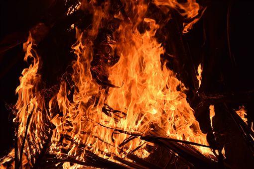 火警,火災,縱火,火燒,火。(圖/翻攝自免費圖庫Pixabay)