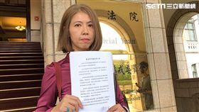 石木欽委由律師廖芳萱說明案件,強調全案應移送監察院調查,已顯公平公正。(圖/記者楊佩琪攝)