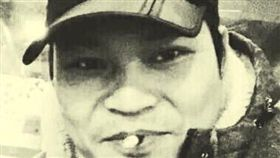 中國維權組織「南方街頭運動」成員賴日福15日因為涉嫌「尋釁滋事」在廣州家中被捕。該組織指出,賴日福日前曾在社群媒體上傳影片,配樂是知名反送中歌曲「願榮光歸香港」。 (圖/翻攝自臉書南方傻瓜關注群)