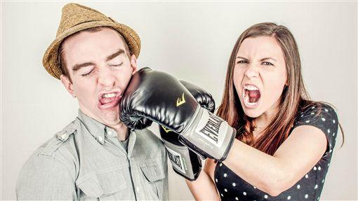 吵架,情侶,爭吵,打鬧,鬥嘴(示意圖/翻攝自pixabay)