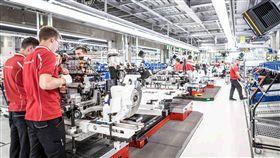 ▲純電跑車Taycan專屬廠區揭幕。(圖/Porsche提供)