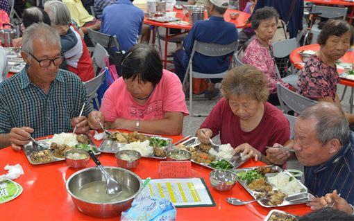 雲林縣,阿波羅計畫,飲食不均衡,衰弱,老人(圖/雲林縣政府提供)中央社